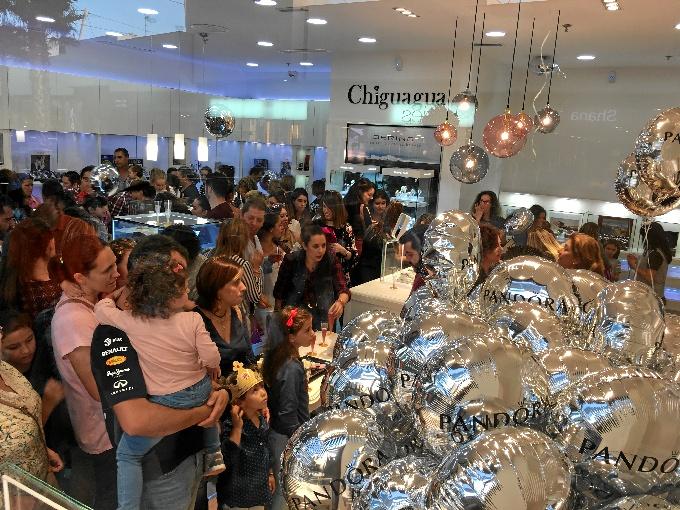 La firma onubense 'Chiguagua' abre sus puertas en Holea