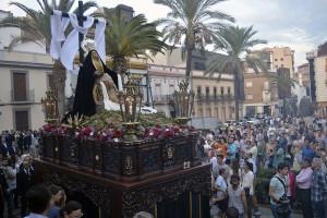 La Plaza de San Pedro volvió a ser testigo del procesionar de la Virgen de las Angustias