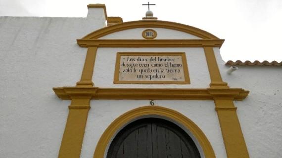 Ayamonte celebra una misa con motivo del Día de Todos los Fieles Difuntos