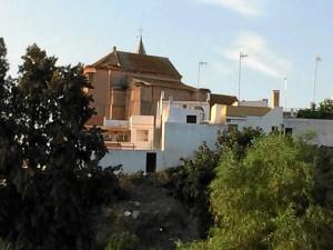 Lateral de la Iglesia de San Jorge que da a la zona portuaria.