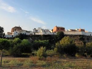 En la zona de la ensenada trabajan de forma conjunta arqueológos y geólogos, así como varios laboratorios de distintos puntos de España.