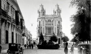 Roisin realizó una destaca colección de la ciudad de Huelva. / Foto: Francisco Javier López.