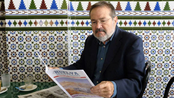 La Asociación de la Prensa de Huelva concede el Premio Ángel Serradilla a Vicente Toti