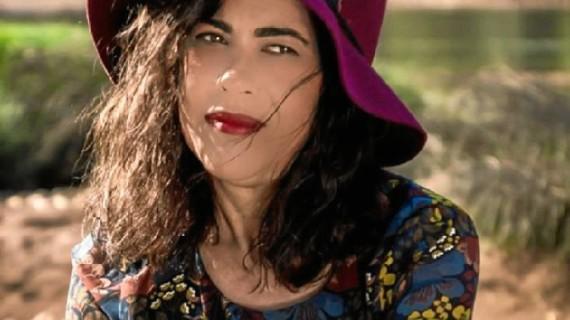 Manuel Moya ofrece una reseña de la obra 'Penélope en su Odisea', de la escritora onubense Mª Luisa Domínguez