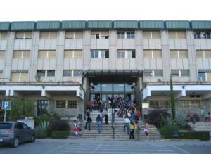 Manuel Luis estudió Psicología en la Universidad de Granada.