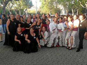 Imagen de las chicas participantes en la Bienal de Flamenco de Sevilla.
