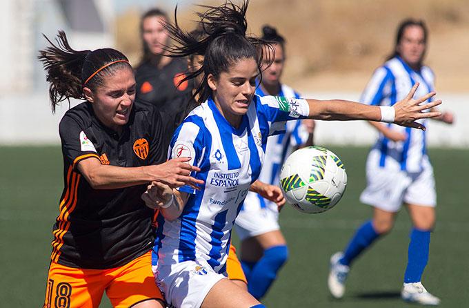 Los aficionados sportinguistas tienen una cita importante este domingo con la visita del Barcelona. / Foto: www.lfp.es.