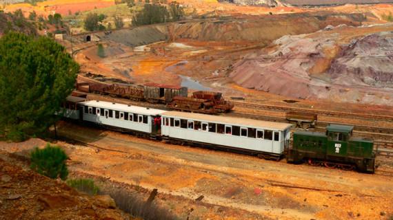 El diario 'La Vanguardia' destaca al Parque Minero de Riotinto como el primer destino de turismo industrial de España