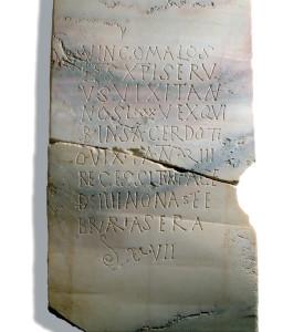 Lápida del obispo Vincomalos.