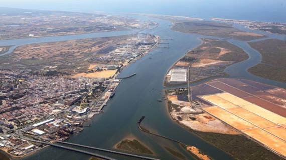 El Puerto de Huelva organiza unas jornadas sobre la utilización de Sistemas de Información Geográfica en entornos portuarios
