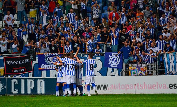 El Recre estará arropado por su afición el domingo ante el Sevilla Atlético. / Foto: Pablo Sayago.