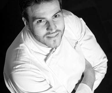 El chef onubense Xanty Elías muestra su maestría en Sevilla Tapas Week