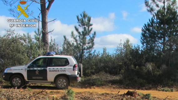 Investigan a dos personas por cazar sin autorización en un coto privado en Rosal de la Frontera