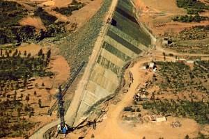 Esta presa es fundamental en el abastecimiento de los municipios del Condado de Huelva.