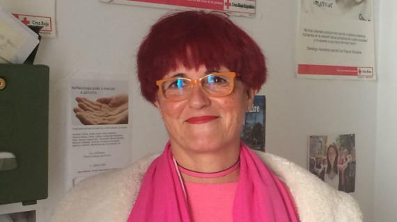 La profesora y escritora Carmen Gil asume la presidencia de la Asamblea de Cruz Roja en Aracena