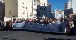 Los enfermeros onubenses apoyan las reivindicaciones que piden mejoras en la sanidad pública.