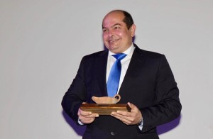 Antonio recogió el premio a la Superación en la Gala de la Discapacidad.