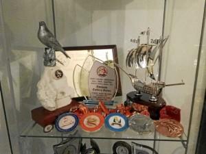 Acumula importantes premios en certámenes regionales y nacionales.