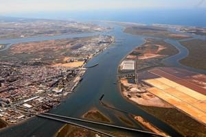 Panorámica del Puerto de Huelva.