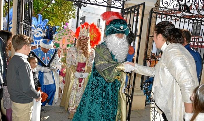 Recepción de los Reyes Magos en Almonte.