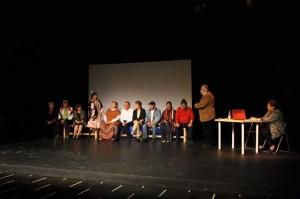 Representación de los miembros del Aula de la Experiencia.