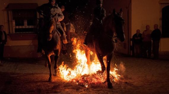 Alosno trae de nuevo la magia del fuego purificador