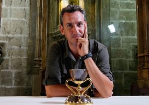 El periodista y escritor Lorenzo Fernandez Bueno conduce este espacio.