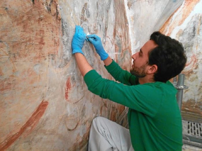 Joaquín Domínguez, un joven bollullero que se abre paso en el mundo de la conservación de bienes culturales