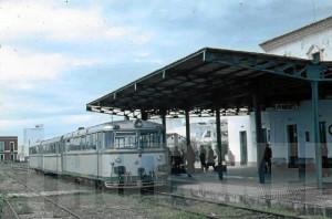 La línea Huelva - Ayamonte comenzó a funcionar en 1936. / Foto: Emilio Romero.