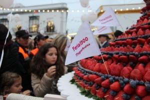 Tarta nupcial para Juan Ramón Jiménez y Zenobia, de fresas y arándanos.
