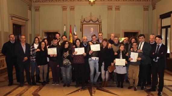 Seis jóvenes con discapacidad intelectual terminan sus prácticas en el Ayuntamiento de Huelva