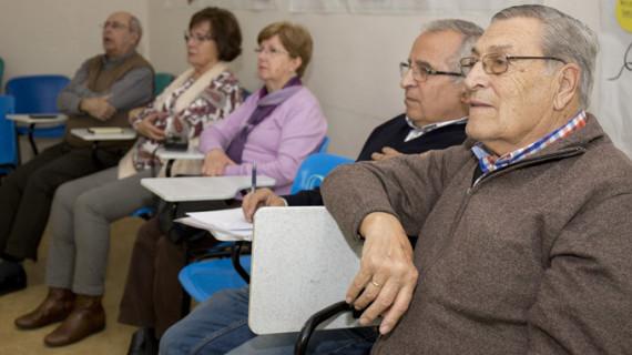 La Gota de Leche acoge un Taller de Fotografía con Smartphone para mayores