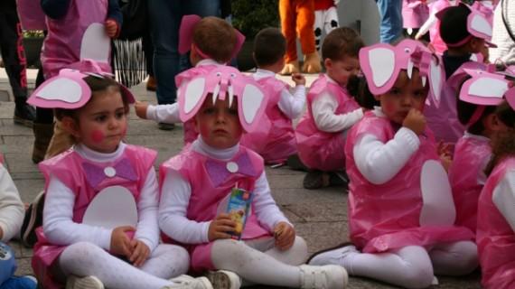 Los más pequeños hacen suyo el Carnaval 'tomando' las calles de Cartaya