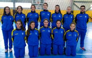 Formación del equipo onubense cadete femenino.