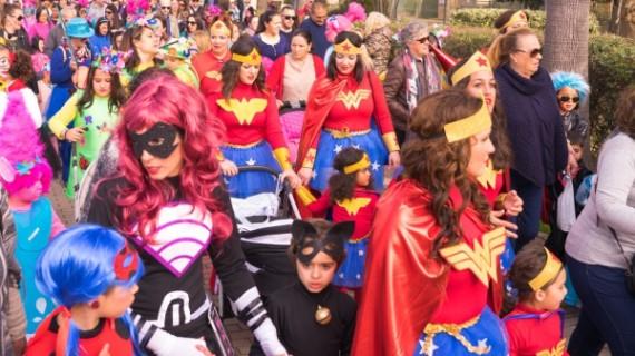 Ayamonte celebra la final de su XLII concurso de agrupaciones de carnaval en mejor ambiente festivo.