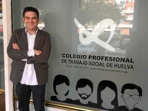 El presidente del Colegio de Trabajo Social es Julio Piedra Cristóbal.