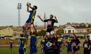 El Instituto Británico Huelva Rugby Unión plantó cara al líder.