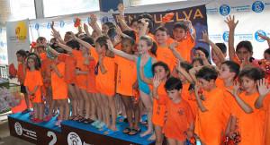 Componentes del Club Natación Huelva en el evento celebrado en el Andrés Estrada.