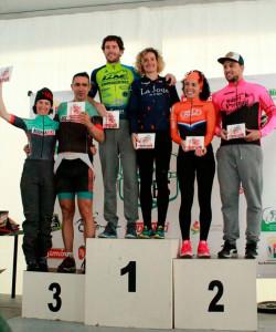 Podio mixto, con Rocío Espada y Pedro Ojeda como ganadores.