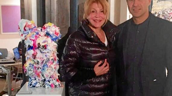 La baronesa Thyssen adquiere una obra del artista onubense Ismael Lagares