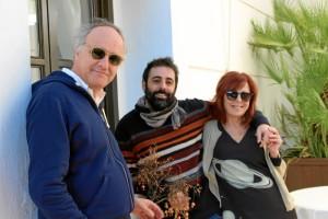Con sus padres Paco Pozuelos y Dolores Romero.