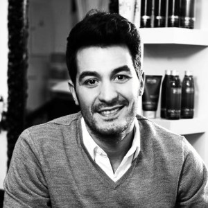 El estilista Moisés Giraldo.