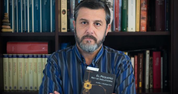 El onubense Aurelio Madrigal publica una novela sobre el lepero que llegó a ser rey de Inglaterra por un día