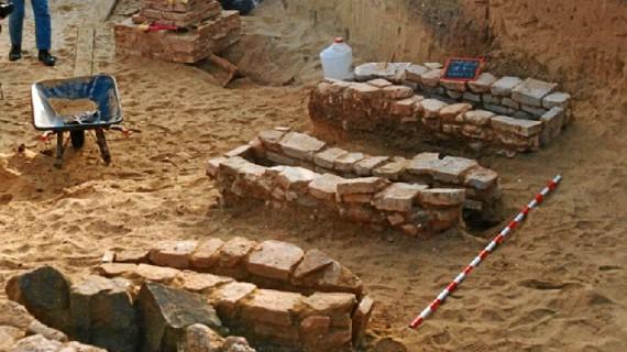 La cetaria 'El Eucaliptal' de Punta, la factoría romana de salazón mejor conservada de la Costa de Huelva, espera su oportunidad