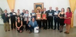 Con el resto de premiados en la gala organizada por el Colegio con motivo del día de San Juan de Dios.