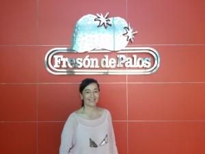 Leo Cerezo, responsable de un departamento crucial en la vida de Fresón de Palos, se siente feliz en su trabajo.