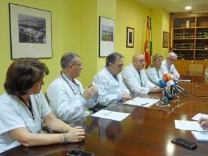 Los jefes de la UCI, Cardiología y Medicina Interna.