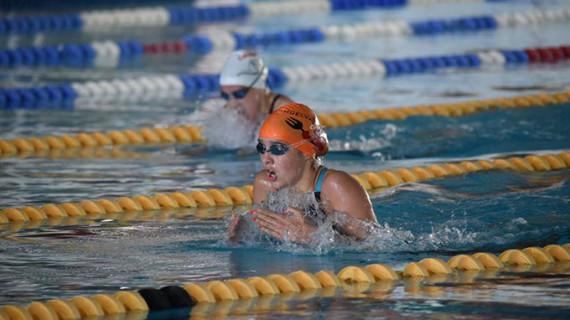 Alba Vázquez bate el récord de Andalucía de los 200 metros braza en el Campeonato de España de Natación