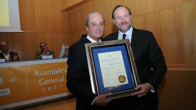 La Cámara de Comercio de Huelva otorga sus Medallas a José Luis García Palacios y a Antonio Ponce