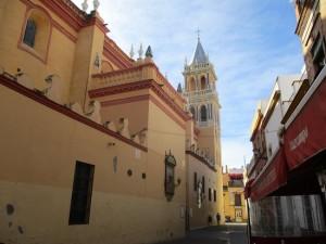 Alguna de sus obras se encuentra en la Iglesia de Santa Ana de Triana. / Foto: tripAdvisor.